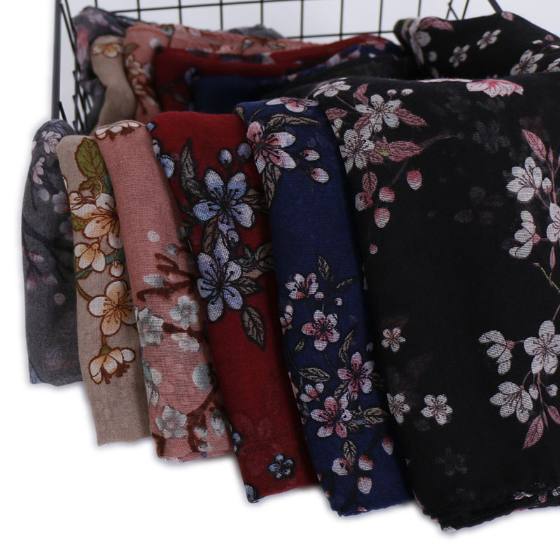 2019 Autumn Winter Women's Voile Scarf Fashion Lady Long Scarves Soft Shawls Pashmina Print Bandanas Muslim Hijab Snood 180*85Cm