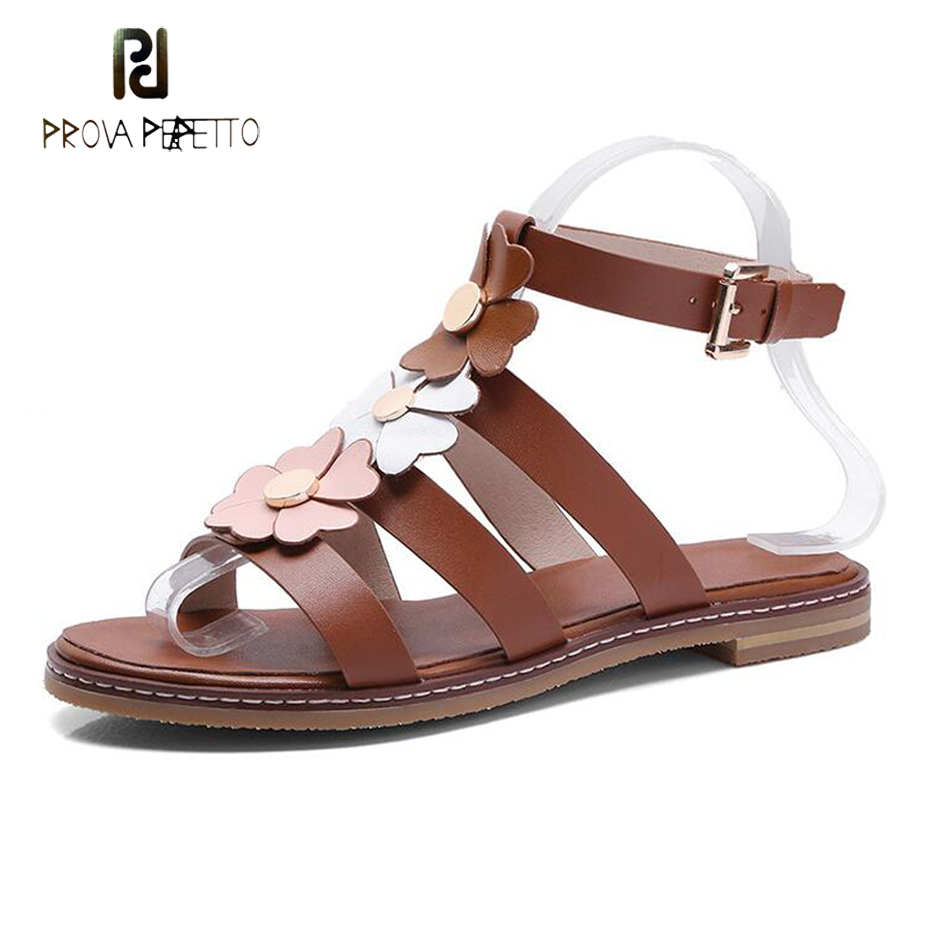 Prova Perfetto 2018 summer new flowers gladiator sandals women ankle strappy buckle flat causal sandals appliques beach shoes metallic strappy flat sandals