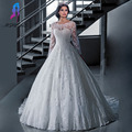 White Lace Full Sleeves Wedding Dress Ball Gown Bridal Gowns Boat Neck Tulle Zipper Back Buttons Brush Train Vestido De Noiva