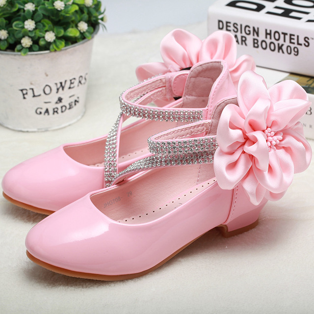 2018 Toddler Girl PU Leather Rhinestone Studded Big Flower Flats Little Kid Low Heel Pumps Children Pageant Wedding Dress Shoes