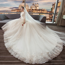 SERMENT  Long tailed wedding dress 2019 new bride married thin V-neck one shoulder long sleeve