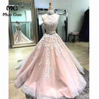 Elegant Two Pieces Gown 2018 Prom Dresses Long with Appliques Floor Length Halter Formal Evening Party Dress for Women 100% Real