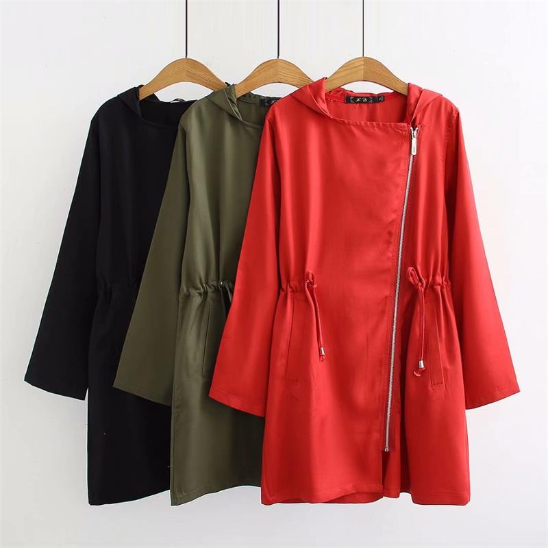 Plus size women black & red & Military green zipper hooded   trench   coat 2018 autumn slim waist ladies outwear   trench   coat female