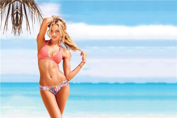 Blue thong bikini scrrensaver