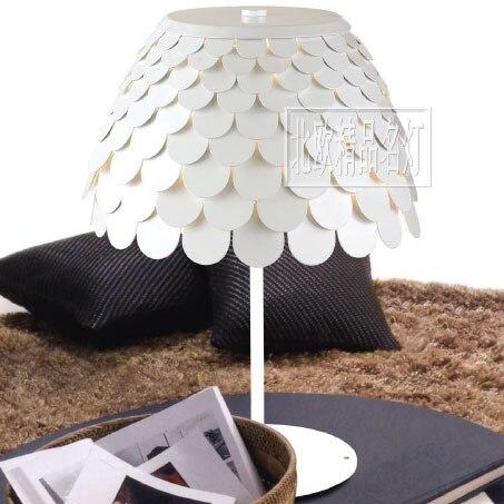 Poisson balance lampe de table/casque lampe de table/mode créative carte blanche porte lampadaire salon hote ya72727