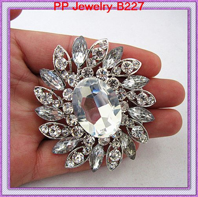 2.8 INCH Hot Sale Luxury Wedding Huge Glass Crystal Flower Brooch Women Costume Fashion Large Brooch Pin Lady Garment Buckle Pin