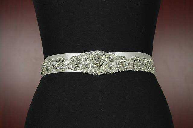 New Handmade Noble crystal Beading Bridal Ribbon belts Sashes White Ivory Ribbon girdle for Bridal Wedding Accessories