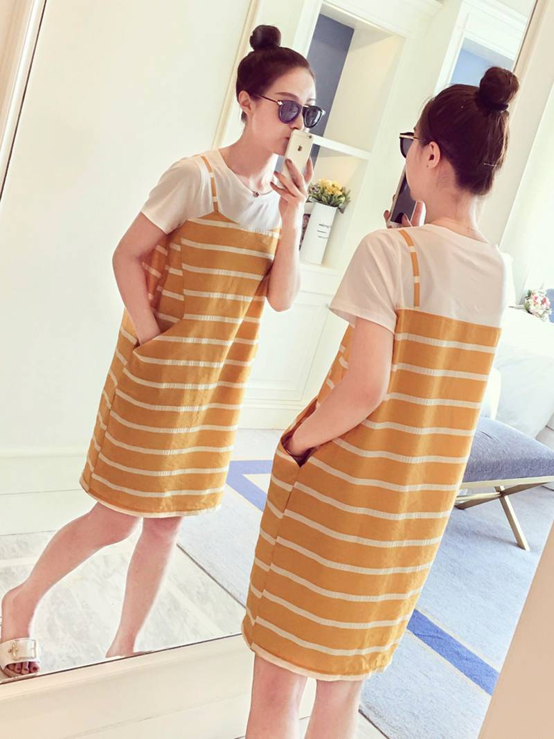2018 summer pregnancy out of nursing fashion round neck short-sleeved loose wild striped stitching fake two dresses