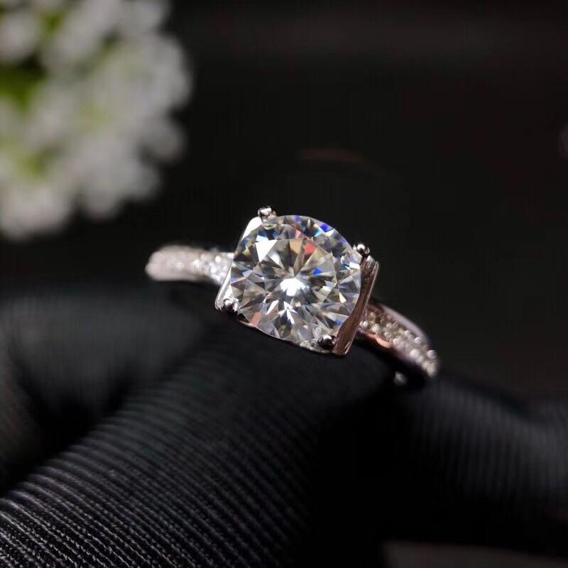 Mossanita, diseño de moda de plata 925, color de fuego fuerte, diamante, alta dureza 1.2ct