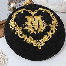 Princess sweet lolita Autumn winter warm wool embroidery Golden pattern Thin face beret