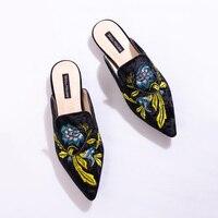 ผู้หญิงฤดูร้อนปักVeletล่อขนสไลด์C Hiara F Erragniรองเท้าแตะรองเท้าส้น