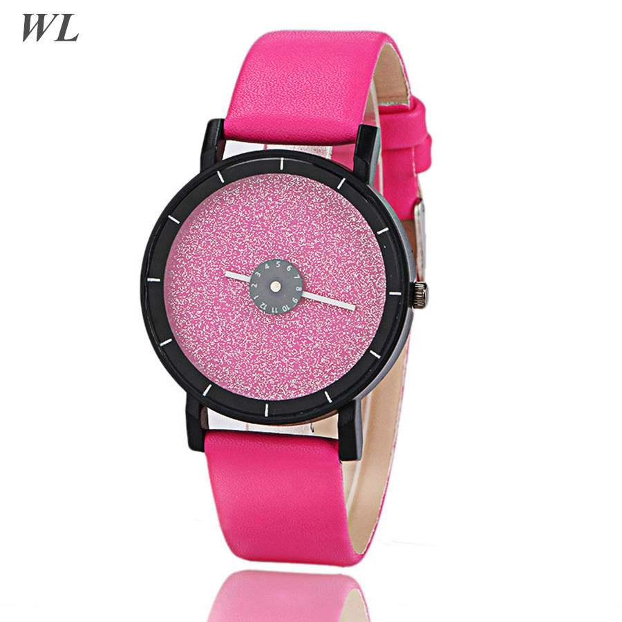 Drop Shipping 2017 Newest Hot Sales Novelty Fashion 6Colors Women Girls Christmas Gift Leather Watch Rotate