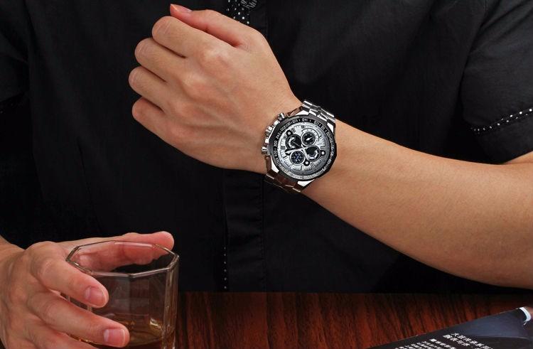The New WWOOR Luxury Brand Men's Watches Stainless Steel Strap Sports Waterproof Watch Relogio Male Quartz Watch Leisure Watch 2