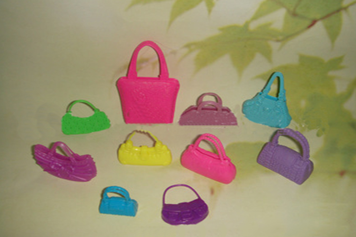 10pcs/set Cute Combine Totally different Varieties Purse Shoulder Bag for Barbie Doll Varieties and Coloration in Random Youngsters Present