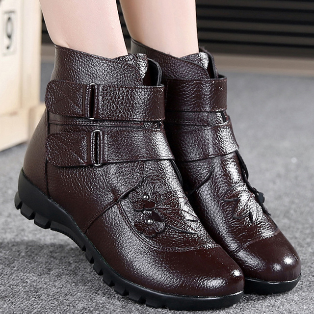 Female martin boots winter round toe ankle boots for women waterproof snow boots big size 35-43 leather black boots