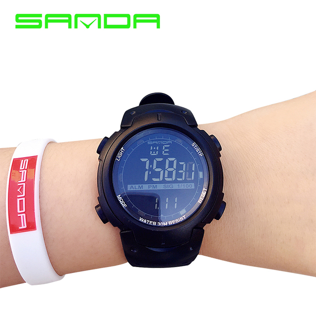 2017 Hot Sanda Sport Mens Orologi Top Brand Di Lusso Nuoto Digital Led Militare