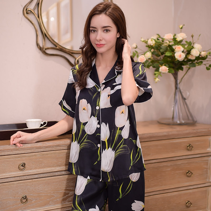 Genuine Silk Women 39 s Pajamas 100 Silk Sleepwear High Quality Printed Black Short Sleeved Pyjama Pants Two Piece Sets T8154 in Pajama Sets from Underwear amp Sleepwears