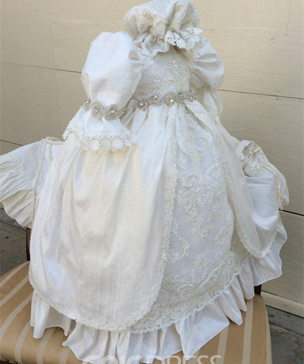Robe de baptême pour bébé en dentelle de luxe avec perles et Bonnet sur mesure