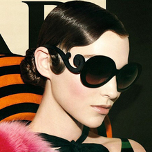 LVVKEE 2019 Luxury Brand Sunglasses Women Fashion Black Retr