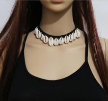 2016 New black exquisite lace pattern and beaded drops vintage victorian choker collar