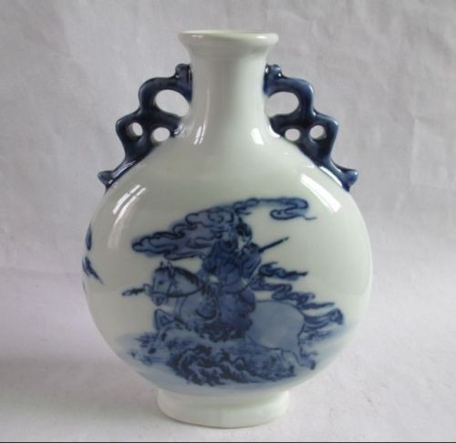 Antique Chinese blue and white porcelain vase the romance of The Three Kingdoms decoration