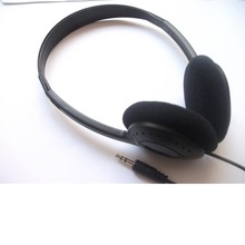 3.5mm low cost dispos headsets with spone cushions 100pcs/lot