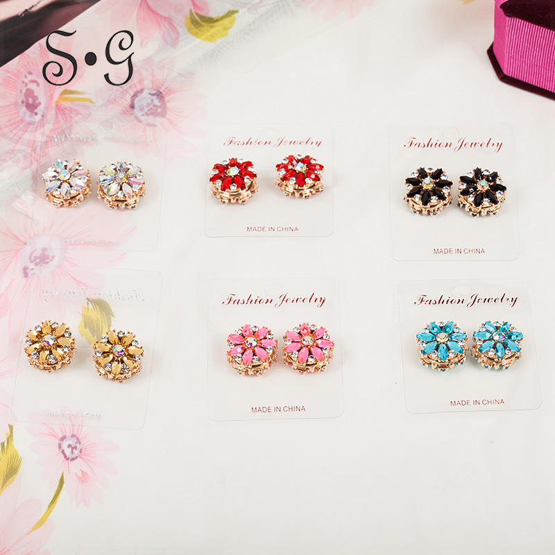 Exquisite Flower Rhinestone Magnetic Brooches Unique Magnet Brooch For Women Scarf Clips Two-sided