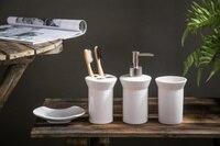 European style White 4PCS/Set Innovative Items Ceramic Bathroom Set High Quality Luxury Style wedding decoration Gift