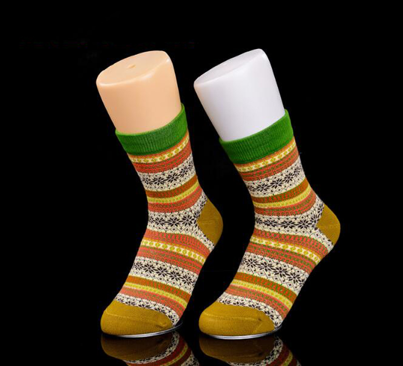 1Pcs White Left Mannequin Foot For Shop Window Display Socks Feet Mannequin Mold With Magnet Bottom 30 22CM in Mannequins from Home Garden