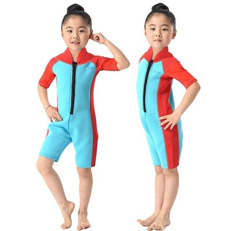 2 mm-es neoprén rövid ujjú gyerekek Wetsuits Búvárruha fiúknak / lányoknak Gyerekbúvárkodók Egy darab szörfözés úszás Snorkel DBO