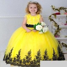 Yellow Flower Girl Dresses with Lace Edge Christmas Scoop Neck Bow Sash Back Long Kids Ball Gown 2016 Little Girls Party Dress