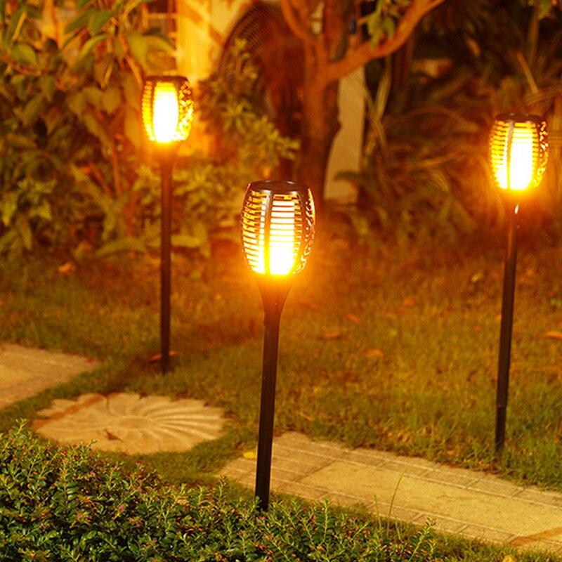 Güneş Tiki Torch Işıkları LED Bahçe Su Geçirmez Açık Avlu Lamba Dans Alev Titrek 96 LEDs Dekoratif Işıklar IP65