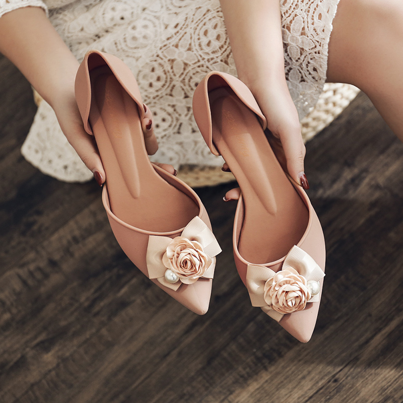 Rouroliu Women Pointed Toe Flower Sandals Comfortable Non-Slip Med Heel Casual Shoes Woman Summer New Jelly Shoes FR91