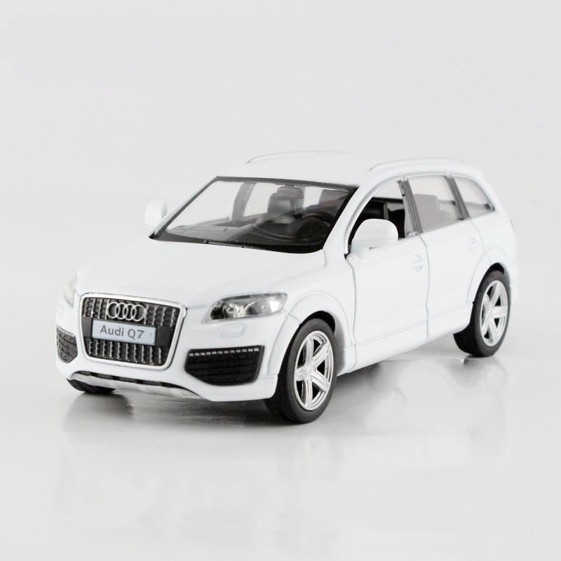 freeshipping children uni fortune audi q7 v12 model car 136 5inch diecast metal cars toy pull back kids gift