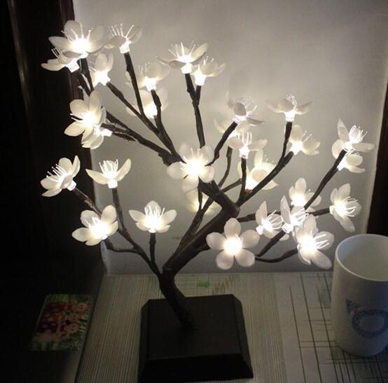 Vioslite Blossom Weihnachtsbaum Nachtlichter Wohnzimmer Neuheit Plum Baum Lampe LED Rose Lampen Dekoration Luminarias