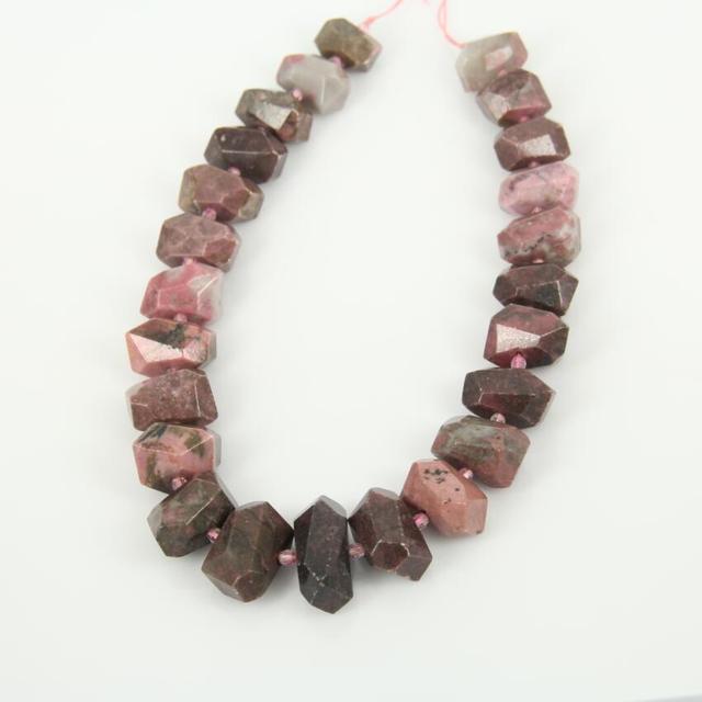 Filamento lleno Perforado Talló Nugget Natural Rodonita Collar, Piedras en Bruto Puntos Dobles Colgantes Resultados de La Joyería de Corte Losa