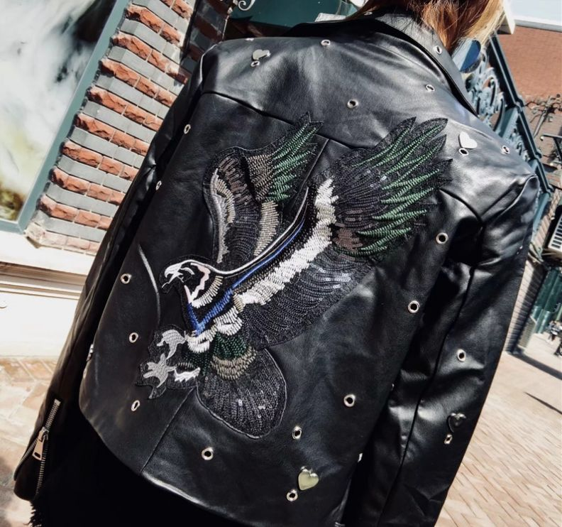 HCBLESS 2018 autumn new women's fashion eye-eye love embroidered sequins eagle diagonal zipper motorcycle   leather   jacket