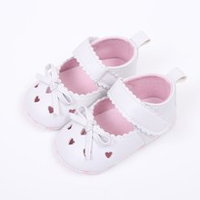 Baby Girl Shoes Handmade Soft Bottom Baby Shoes Moccasin Newborn PU leather First Walkers 0-18M(China)