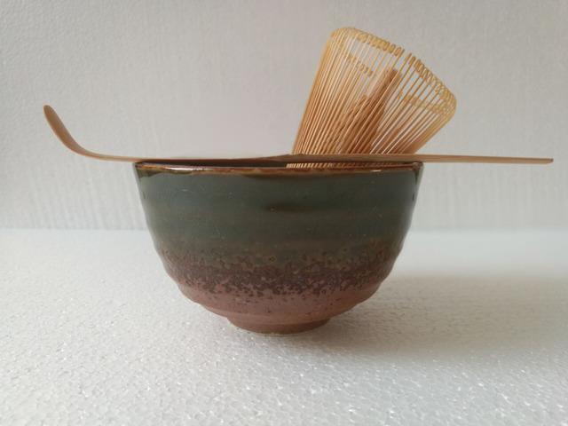 Tea Ceremony Matcha Bowl w/ Scoop & Whisk Gift Set