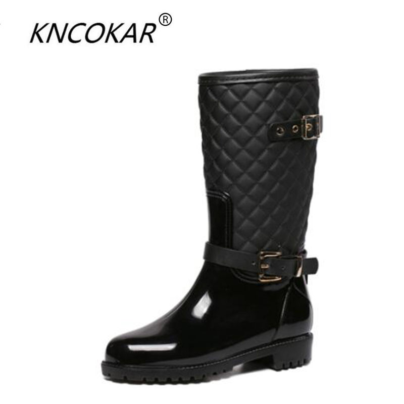 South Korea winter fashion Martin boots female cone ensure waterproof non-slip rain boots female adult water shoe rubber shoes the new spring and summer ms south korea ensure their boots comfortable show female water thin antiskid tall canister shoe