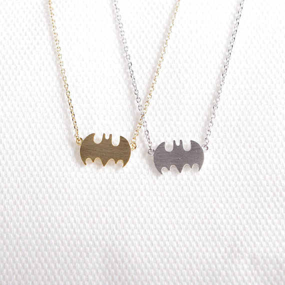 Margaridas 10 pcs do vintage morcego vampiro colar simples colar de pingente colares super hero superman batman halloween party