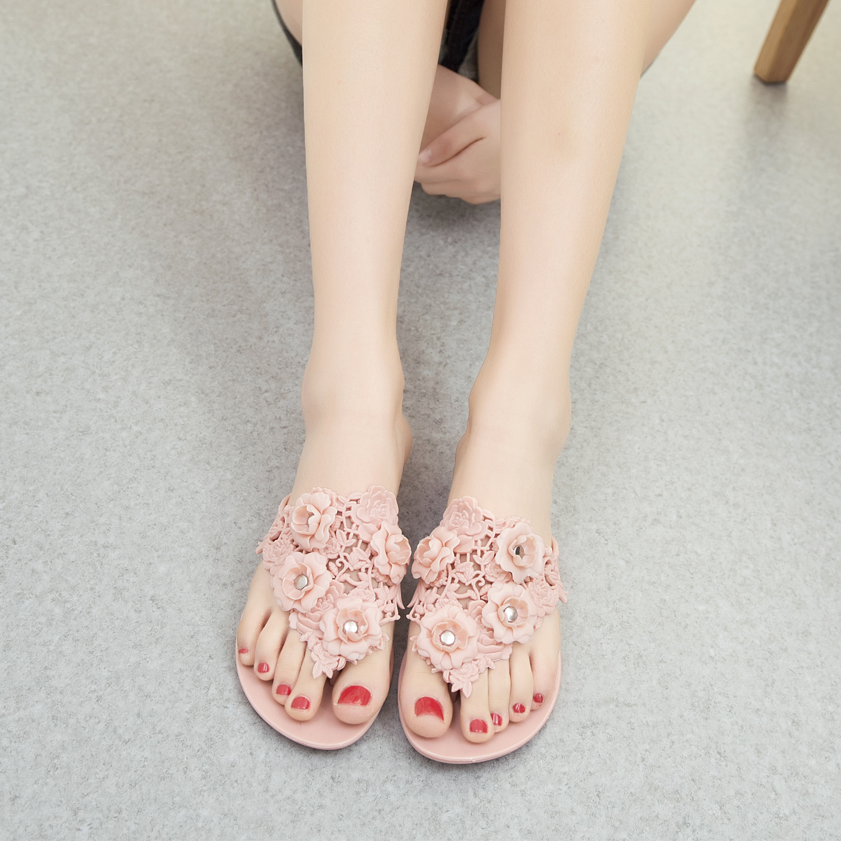 2017 New Summer Snow Soft Bottom Beach Sandals Jelly Shoes Slip Camellia With Flat Flip-flops Sandals Shoes hee grand soft transparent jelly women sandals flat with crystal colorful rhinestones butterfly knot beach shoes xwz3446