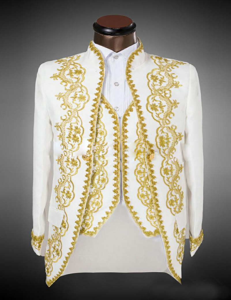 2019 Vogue Place Style Groom Suits Gold Embroidery Men
