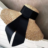 FGHGF Women Classical Wheat Straw Hat Summer Cap 18cm Large Wide Brim Sun Hat Elegant Floppy Ribbon Beach Hat Vocation Derby Hat