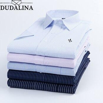 5f6817fc33a7476 Dudalina 2019 Летняя мужская рубашка с короткими рукавами в клетку и  полоску модная Рабочая Повседневная рубашка