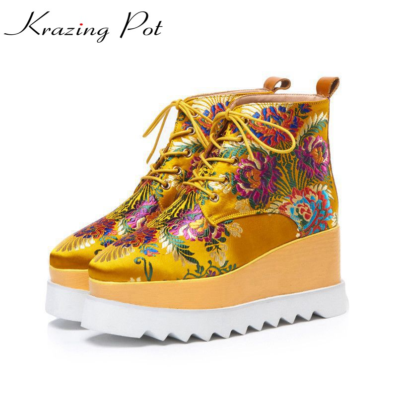Krazing pot 2018 silk oriental embroidery design street fashion ankle boots waterproof wedges plus size winter fashion boots L21