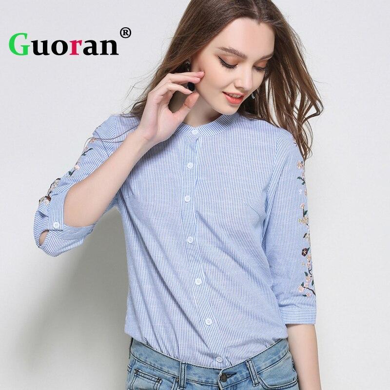 723af7118 {Guoran} bordado Camisas Azules Para Mujer Verano 2017 Floral Impreso  Cuello Alto Blusas tallas grandes 5XL blusa feminino Blusas cortas en Blusas  y camisas ...