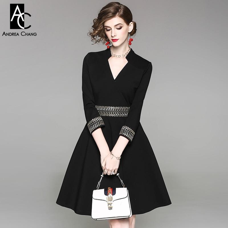 51aeee1bd442e1 Herfst lente vrouw jurk golden vintage patroon borduurwerk taille manchet  zwarte jurk 3 4 mouw v hals fashion office katoenen jurk in Herfst lente  vrouw ...