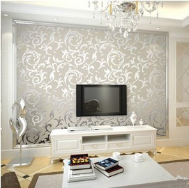 European Classic Style Non Woven Cream Gold Leaf Wallpaper Roll For