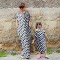 2017 Лето мать дочь платья Мода Dot отпечатано длинное платье Family matching clothing плюс размер мать дочь платья